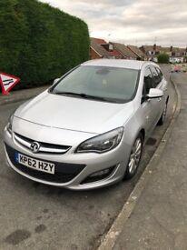 Vauxhall Astra Estate Diesel 2013 plate