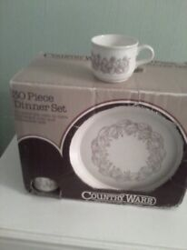 Countryware dinner service