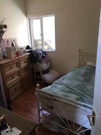 Double room to rent in Chelston £95 pw
