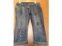 Ladies cropped jeans
