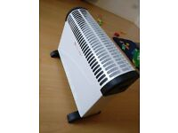 2 days only used - Electrical 2 KW Convector Heater - Wall Mounted Or Free Standing (white)