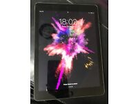 32gb Immaculate nearly new iPad Air 2