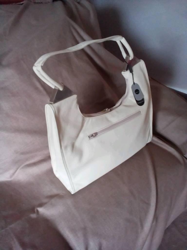 Handbag Beautiful Charlotte Reid Leather Brand New
