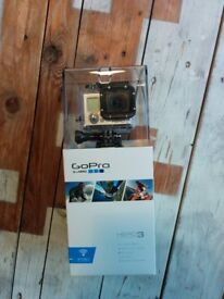GoPro Hero 3 White Edition with original box & 32Go micro SD included - Excellent condition