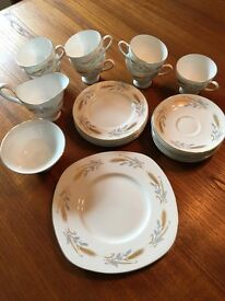 Susie Cooper SCO47 Blue, Gold Wheat, Smooth, Gold Trim china tea set