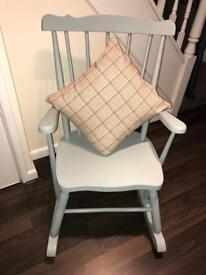 Rocking chair and cushion