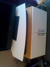 TV Unit cupboard whitr/oak
