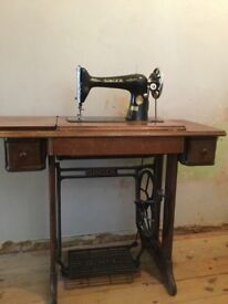 Singer Treadle Sewing Machine Owned by One Family Since New in Early 1900s