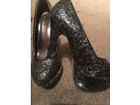 Glitter/sequin shoes
