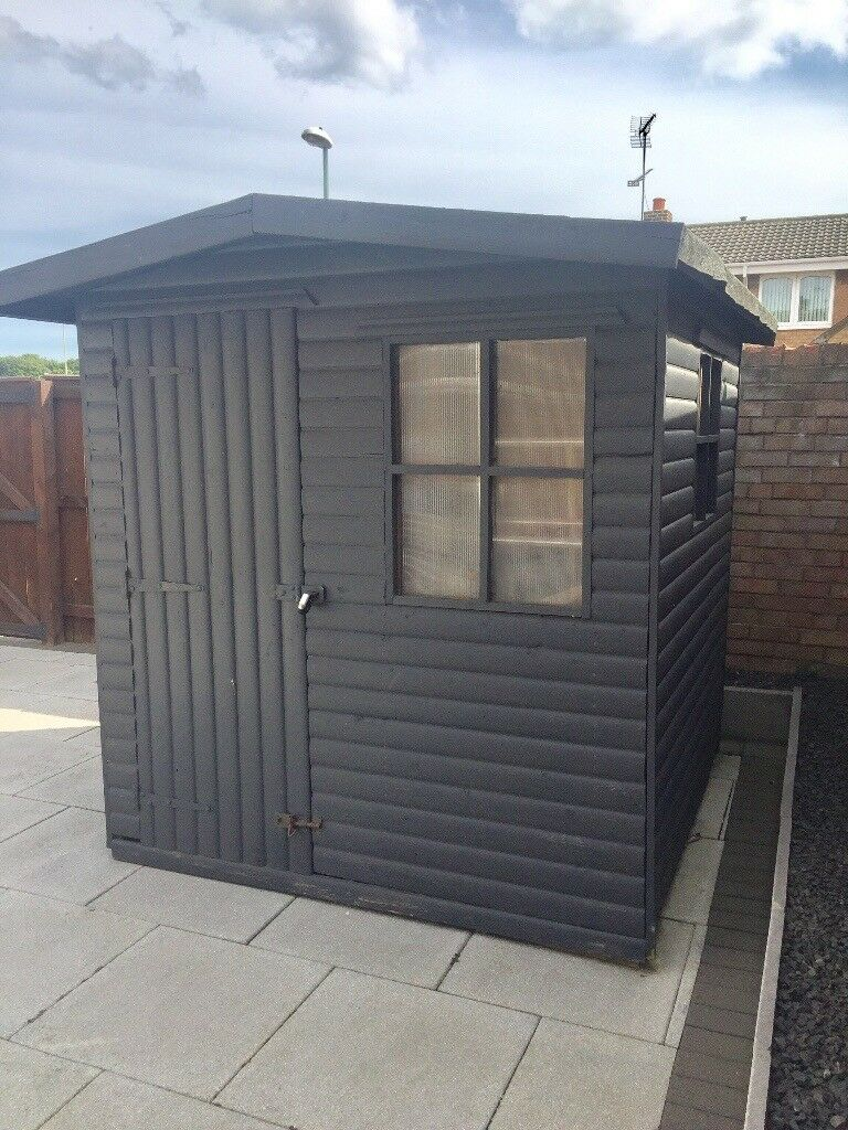 Garden Sheds Jarrow solid log effect garden shed 6x6 fantastic condition | in jarrow