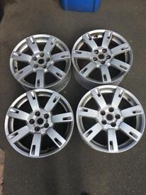 """x4 Genuine Land Rover 19"""" wheels"""