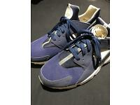 Nike huaraches size 12