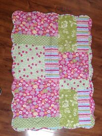 Patchwork Double bed quilt and pillows
