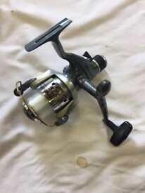 Okuma razor fishing reel