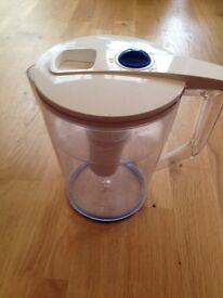 'Boots' water filter