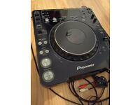 Pioneer CDJ 1000 mk2 + all cables, Excellent Condition, UK Power Supply.