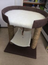 Cat bed with scratching posts