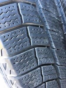 235/65/18 Michelin Xice 8-9/32 + rims Ford 18 pouces    5x114.3