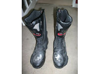 AKITO BLACK LEATHER MOTORCYCLE BOOTS