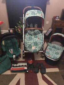 Mamas and Papas Urbo 2 Donna Wilson Travel System