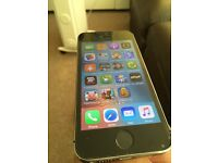 I phone 5s 16gb black with charger