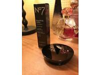 Boots no7 foundation and powder