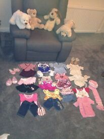 Build a Bear. 4 Bears plus outfits and shoes. Very Good condition. Toys.