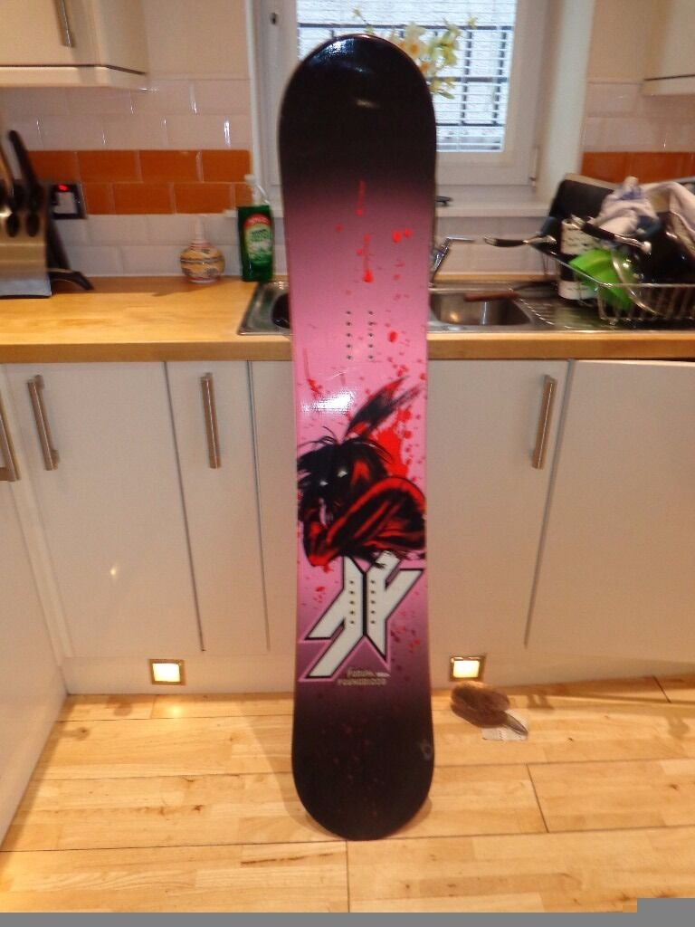 FORUM YOUNGBLOOD SNOWBOARD. 150CMin Perth, Perth and KinrossGumtree - FORUM YOUNGBLOOD SNOWBOARD. 150CM. BASE AND EDGES ARE IN SUPERB CONDITION. WICKED BOARD TO RIDE.. ONE SMALL CHIP TO TOP SHEET BUT IN NO WAY AFFECTS PERFORMANCE. THIS IS ONE BOARD THAT CAN BE USED ALL OVER THE MOUNTAIN