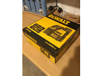 BOX ONLY -- DEWALT DW-088K -- BOX ONLY