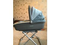 Mamas and papas pram top/ Moses/ bassinet and stand