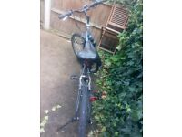 ***BIKE coming with profesional pump and secure lock (see pictures) ***