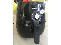 Airfryer (Philips HD9220 Viva Collection) - Excellent Condition