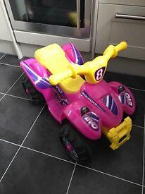 Girls pink quad