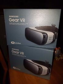 2 gear VR oculus headsets