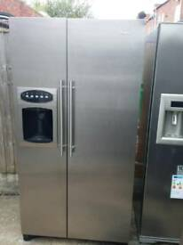 American fridge freezer Maytag stainless steel with water and ice dispenser
