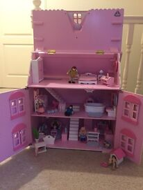 Wooden Dolls House including Figures & Furniture (Early Learning Centre) - Good Condition