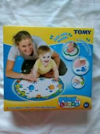 Tomy baby aqua draw