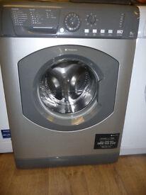 8 KG Hotpoint Washing Machine - 1500 spin speed in graphite / grey