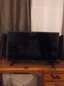 "HD LG 32 inch"" flatscreen tv"