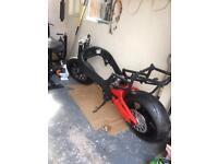 Suzuki srad 750 project