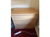 2 chest of three drawers