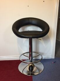 Black Leather Circular Spinning Chair | Silver base