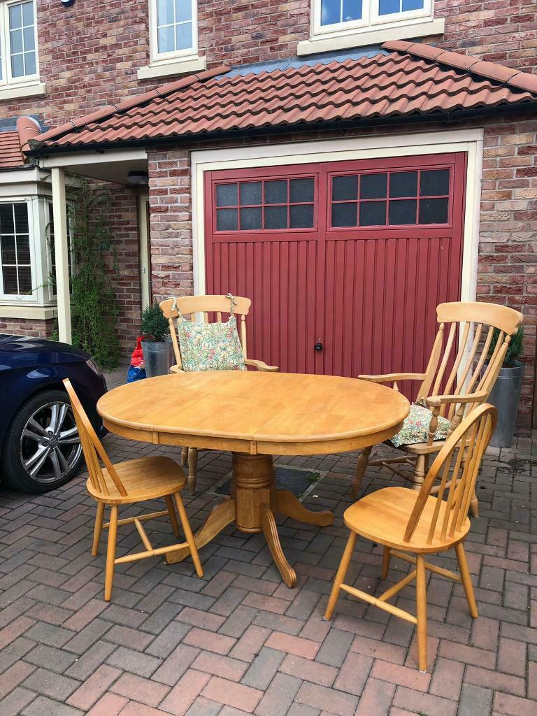 Round Table Lincoln.4 6 Seater Extendable Dining Table 4 Chairs In Lincoln Lincolnshire Gumtree