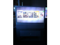 "Samsung Rear Projection TV 42"" + stand"