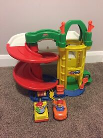 Fisher price little people garage and cars