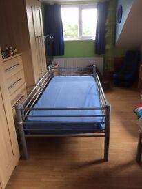 Bed frame single