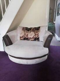 Settee and double swivel chair