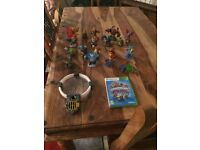 Xbox 360 Skylander Giants game, console and characters
