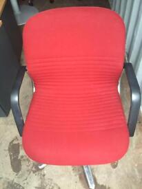 Wilkhahn Red swivel reception meeting waiting chairs. Delivery