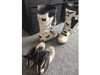 Tech alpinestars boots